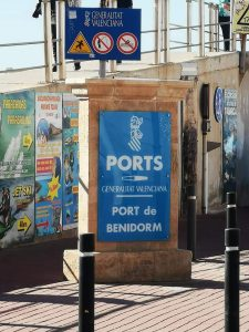 Port Benidorm sign